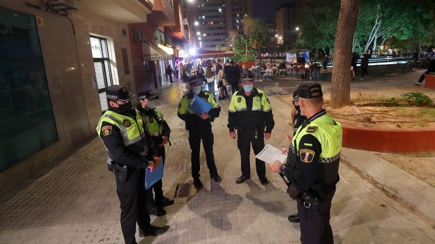 16 fiestas ilegales en València el día con más contagios de la pandemia