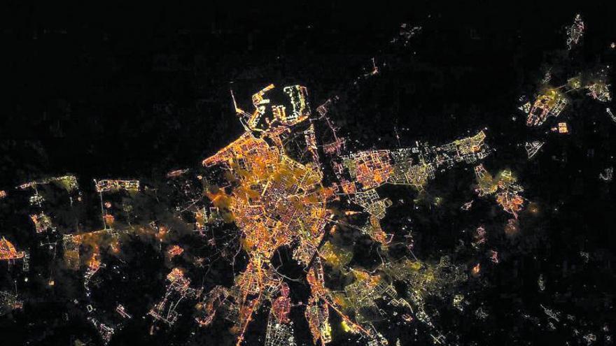 Una foto de València tomada desde el espacio se vuelve viral en todo el mundo