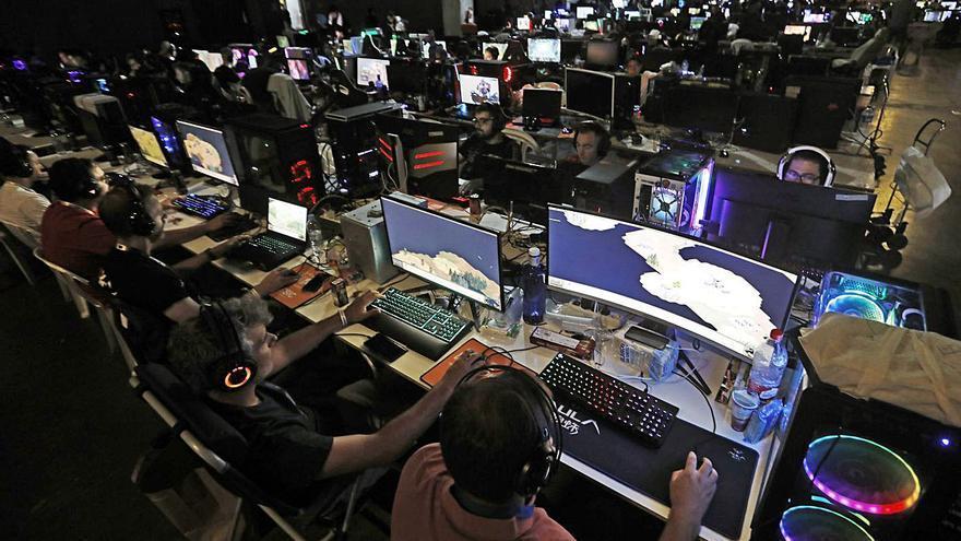 València Activa impulsa el gaming valencià en DreamHack Beyond