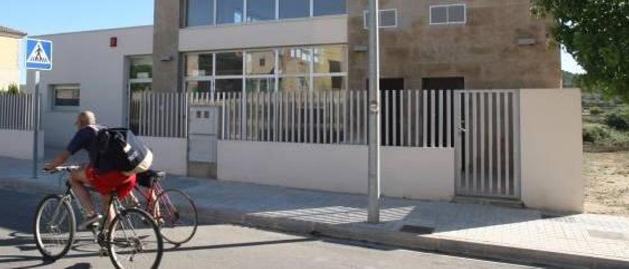 Chella reconvierte en edificio cultural el centro de día que lleva 3 años sin uso