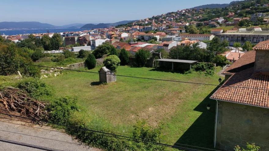 La reforma del pabellón y del antiguo cementerio de Bueu, a punto