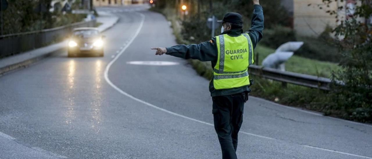 Control en una de las salidas de Oviedo