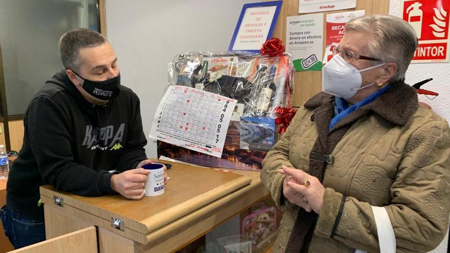 Lotería de Navidad en Zamora | Ludivina Menéndez explica la historia de su quinto premio