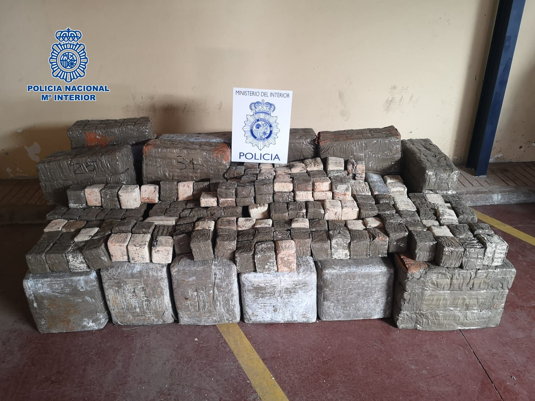 La Policía Nacional detiene a dos hombres en Fuerteventura por tráfico de drogas