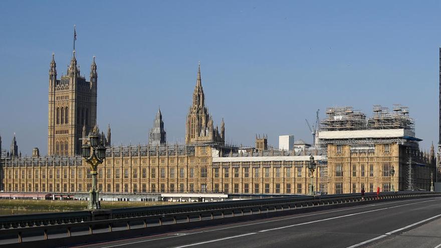 El Parlamento británico reanudará sus sesiones virtualmente el 21 de abril