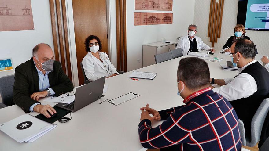 El Hospital de Avilés  prepara un plan estratégico que pasa por impulsar la actividad privada
