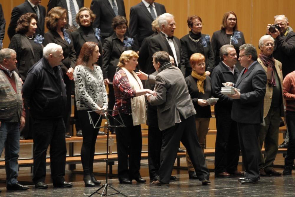 El Mar de Vigo acogió el gran día de Acopovi - Caballero recogió el premio del público