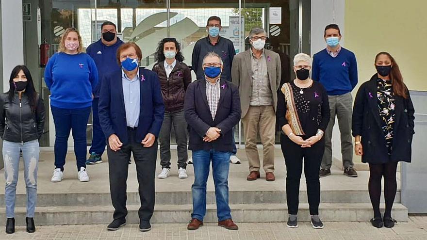La Balear repartirá 1.200 lazos solidarios