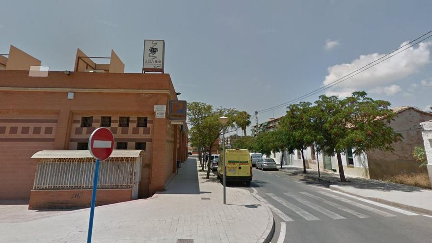 Compromís propone que el antiguo cine Abba 6 de Alicante se convierta en almacén provisional para el reparto de alimentos