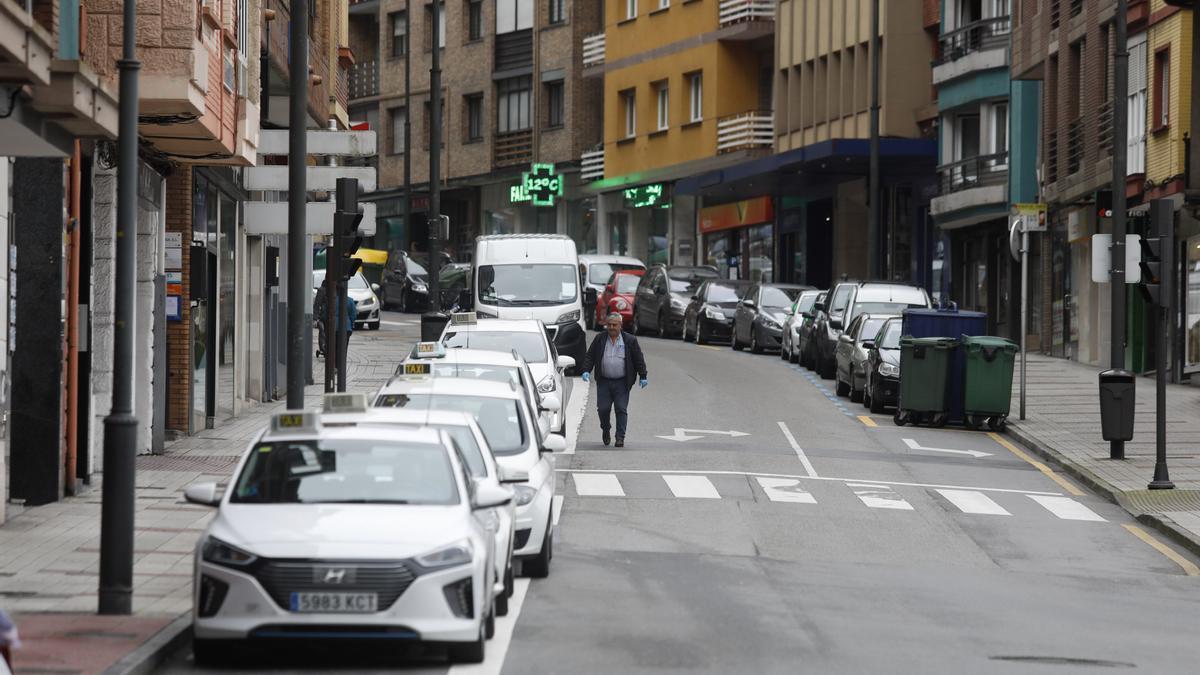 La parada de taxis de la calle Fernández Balsera
