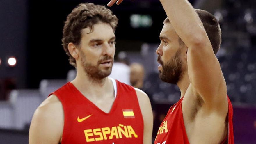 Montenegro amenaza por dentro a España en el debut
