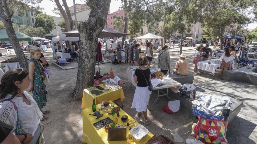 Mercadillo de segunda mano en el Puig de Sant Pere