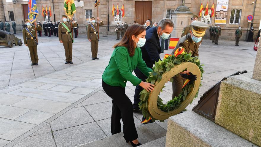 Fiesta Nacional con homenaje a los caídos