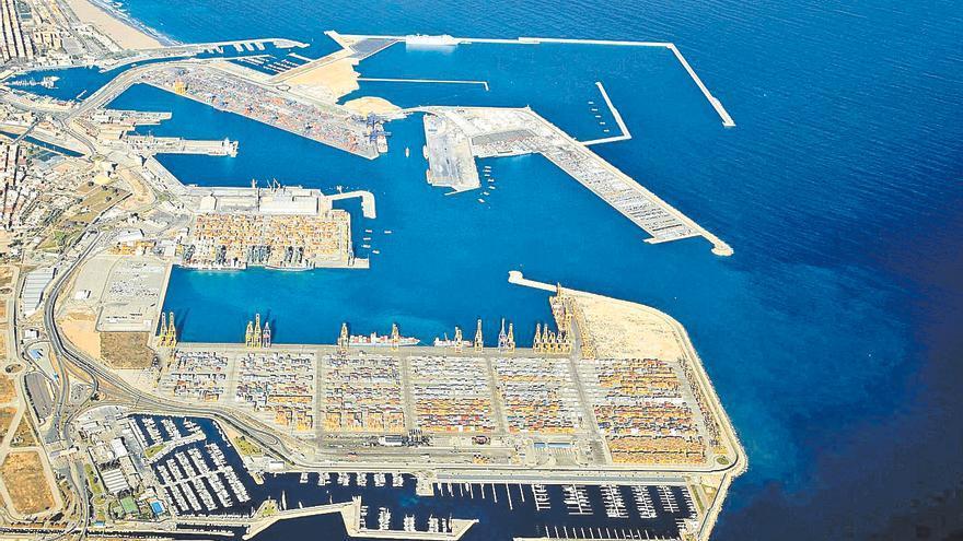 Els experts discrepen sobre l'impacte de l'ampliació del port de València