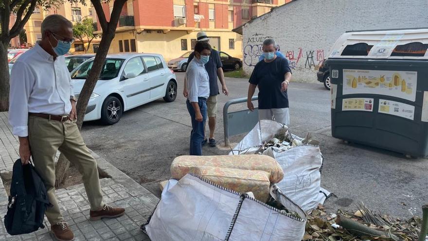 El PP y los vecinos de Marxalenes denuncian botellones y peleas en la zona