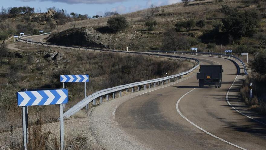 Toque de atención a la Junta por tramos peligrosos en las carreteras, una parte ellos en Zamora