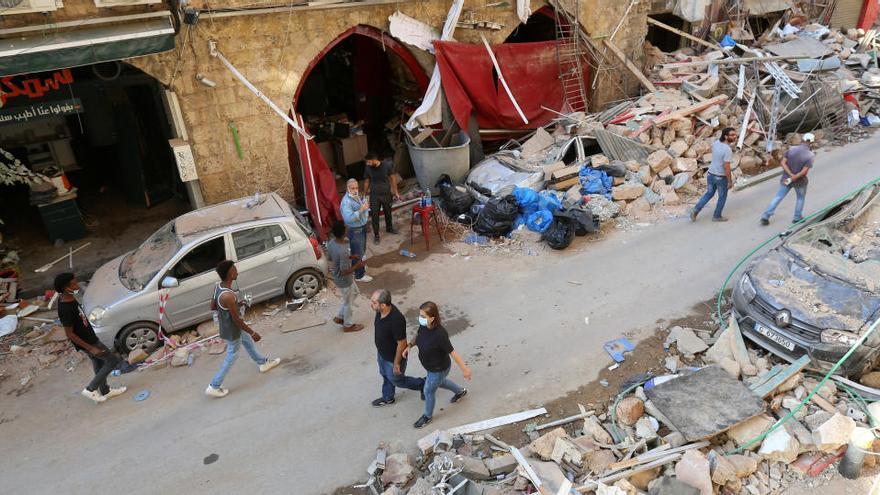 Al menos 154 muertos y 120 heridos críticos en Beirut