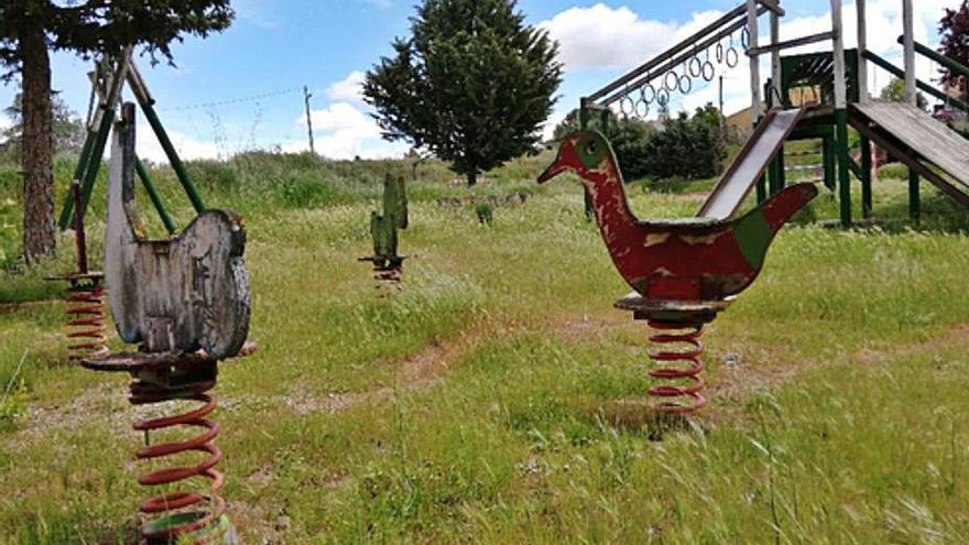 Villanázar renovará la equipación de los parques y modernizá las luminarias