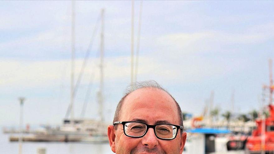 «El Ministerio de Pesca tiene un plan de reconversión encubierto y se cargará al 90% de la flota»