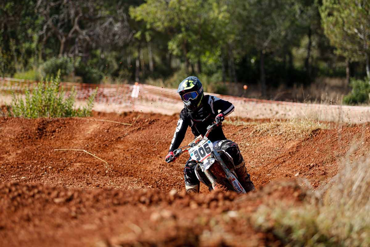 Motocross para valientes en Santa Eulària