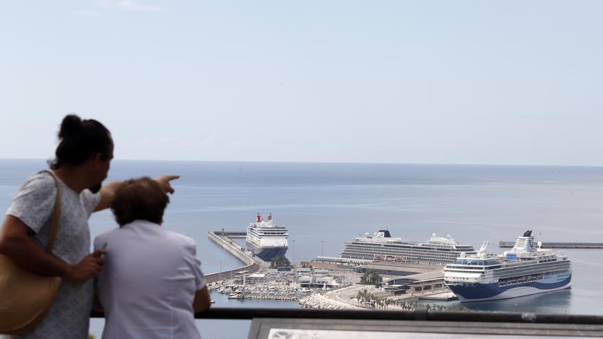 El Puerto de Málaga prevé superar en 2022 las 250 escalas de cruceros