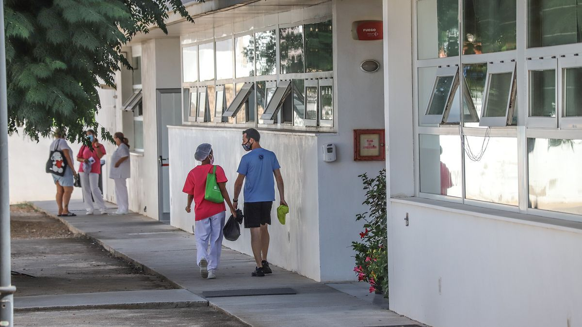 El centro de Pilar de la Horadada donde se han infectado 67 residentes y 15 empleados.