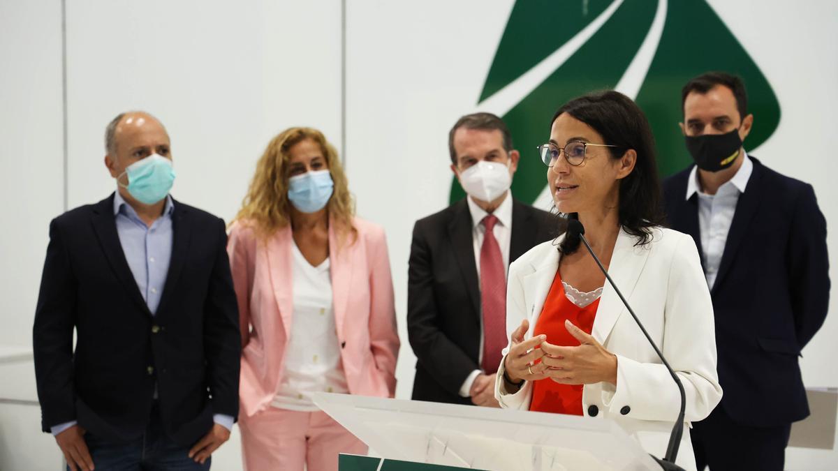 Isabel Pardo de Vera, en su visita de esta mañana a las instalaciones de Vialia