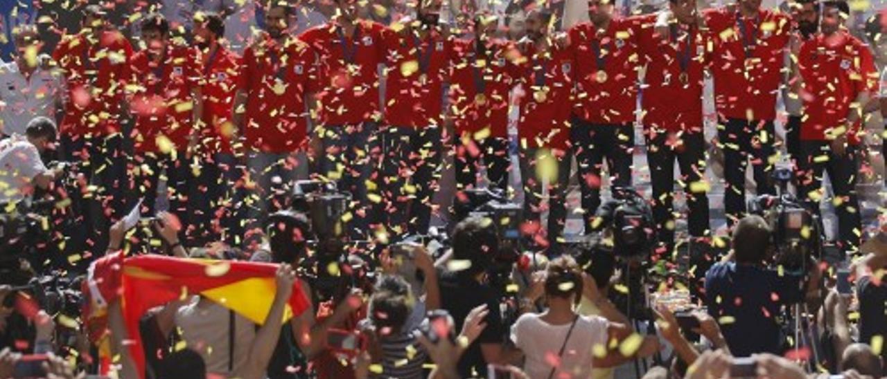 Eurobasket 2015: Baño de masas de los campeones de Europa