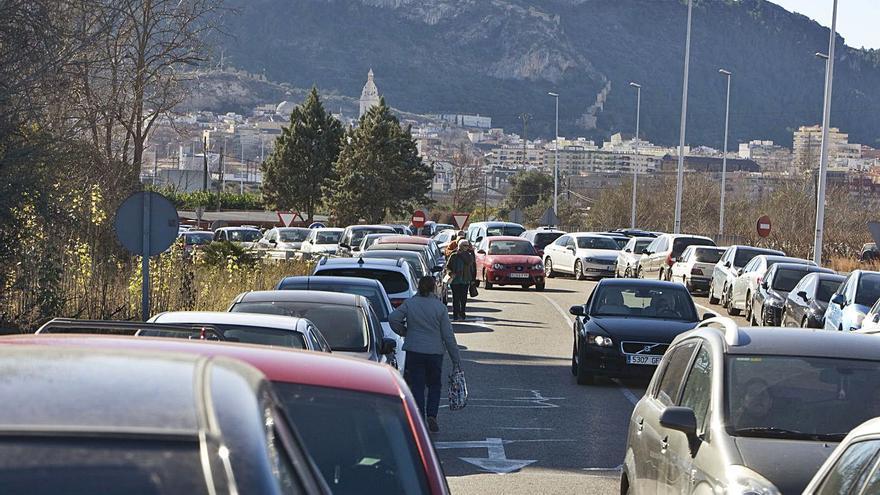 Sanitat descarta construir el aparcamiento del Alcanyís pese a tener ya los terrenos