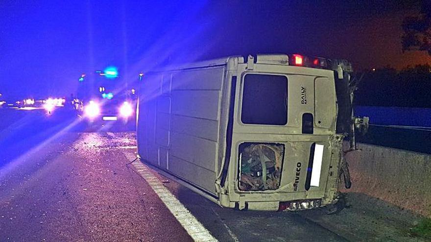 Un accidente cierra la autovía do Salnés durante más de cuatro horas