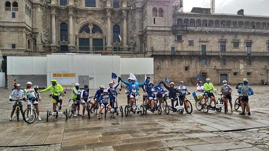 El deportista de Benavente Bragado completa su décima ruta jacobea en bicicleta