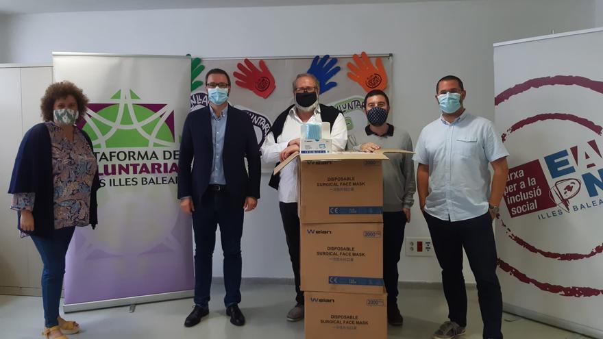 El Ayuntamiento de Palma reparte 50.000 mascarillas a las personas más vulnerables