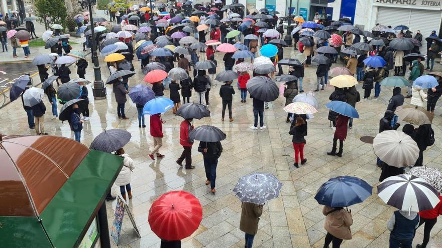 Hosteleros de Vilagarcía protestas por el cierre de la hostelería