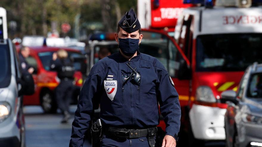 Cuatro heridos, dos de ellos de gravedad, tras un ataque con cuchillo en París