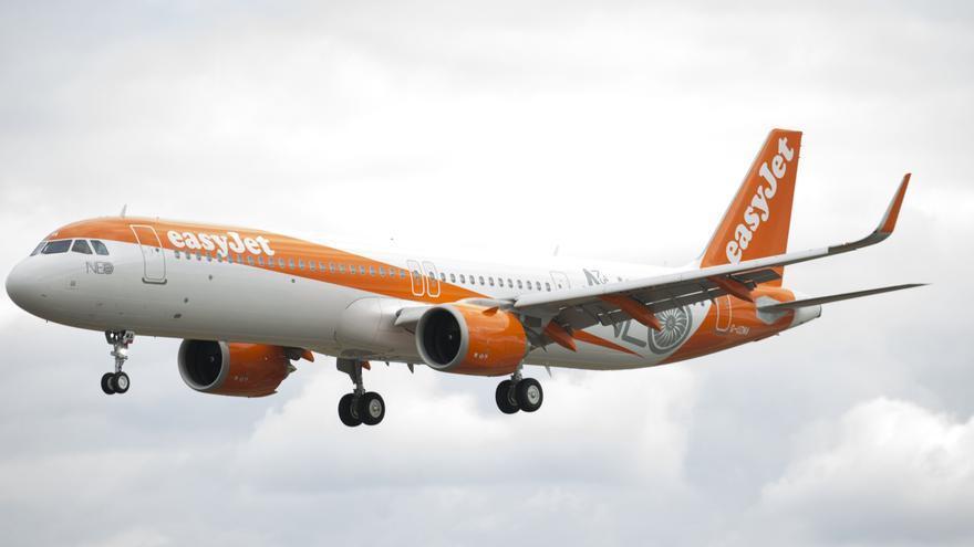 Easyjet recorta personal por la reducción de vuelos