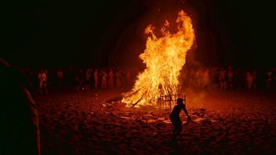 El Cabildo de Tenerife prohíbe las hogueras de San Pedro por riesgo de incendios