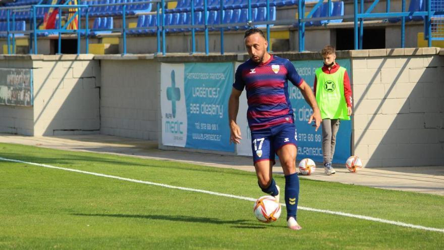 El Costa Brava encadena la quarta derrota davant l'Atlètic Balears i continua en caiguda lliure (1-2)
