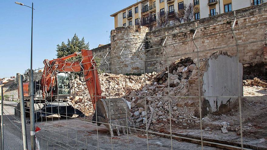 Liberación de la muralla de Zamora | Se hizo la luz en el monumento