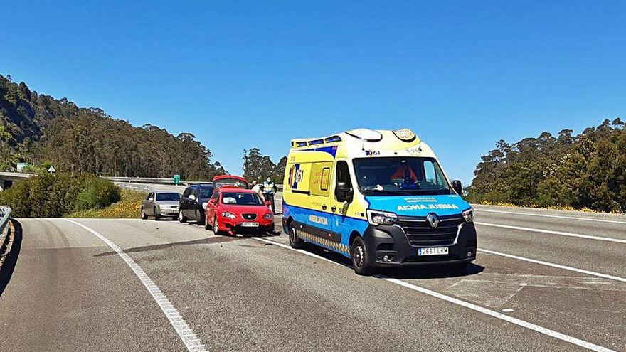 Sin heridos en una salida de vía en el acceso a la autovía