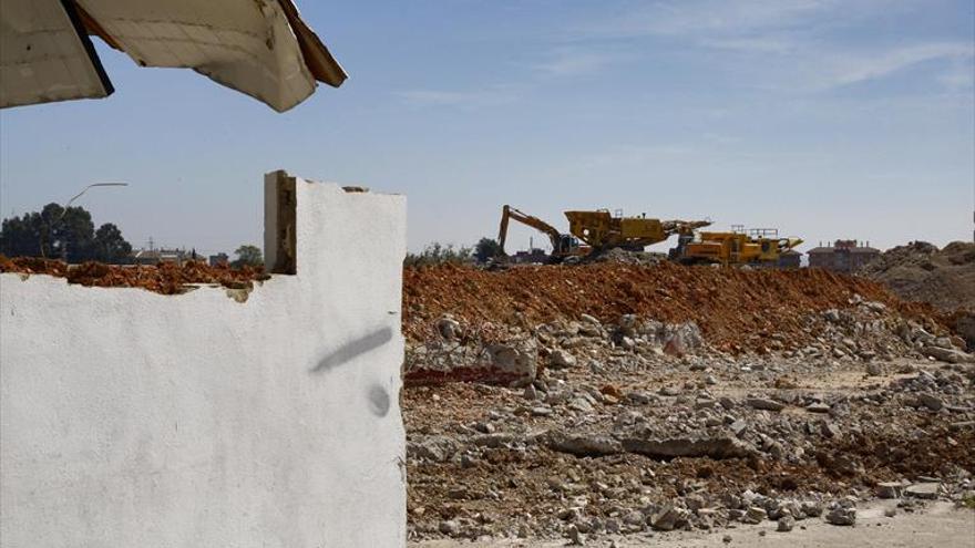 La patronal denuncia gestión irregular de residuos en pleno casco urbano