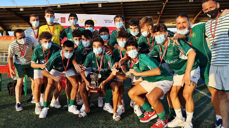 Coruxo, Areosa y Alertanavia, primeros campeones
