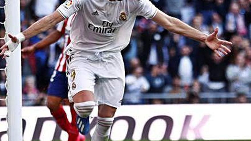 El derbi de la capital torna a ser blanc al Santiago Bernabéu set anys després