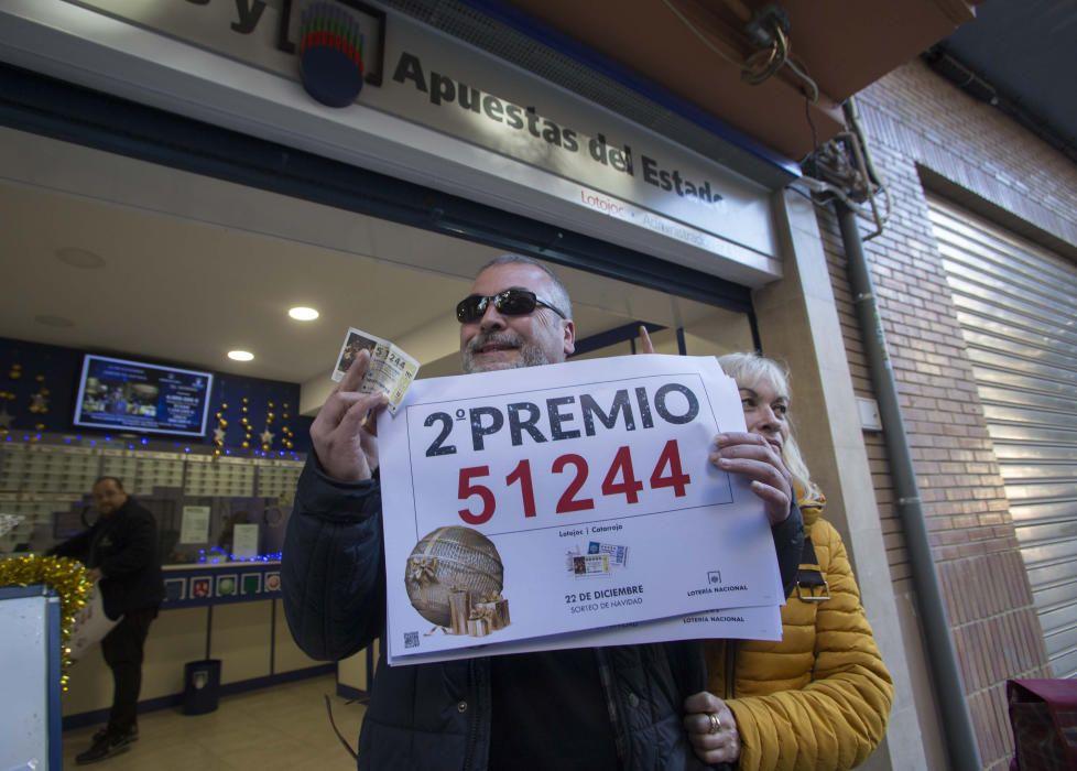 Segundo premio de la Lotería Nacional en Catarroja. Fernando Bustamante