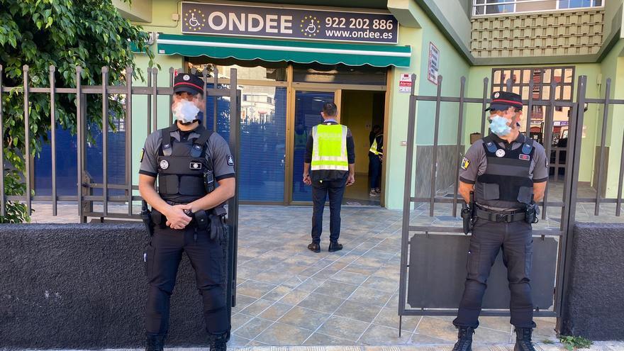Precintadas en Canarias 3 sedes de una organización de personas con discapacidad por vender lotería sin permiso