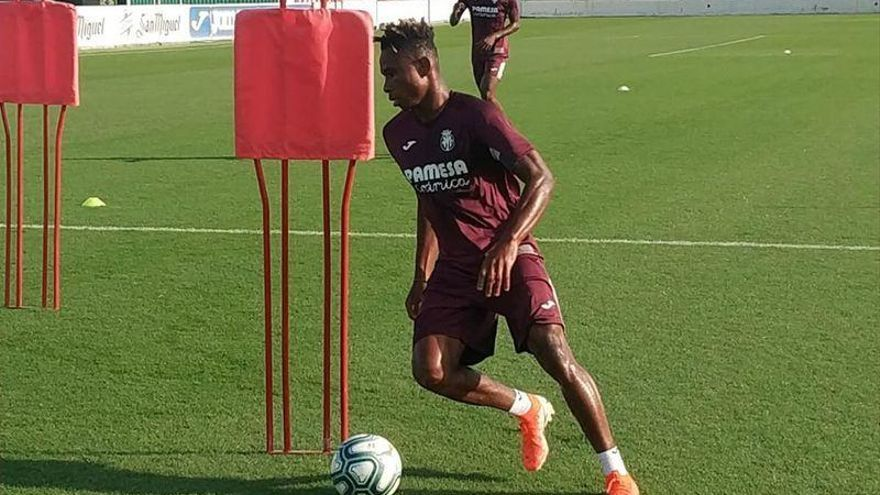 Chukwueze inicia la puesta a punto para comenzar la Liga con el Villarreal