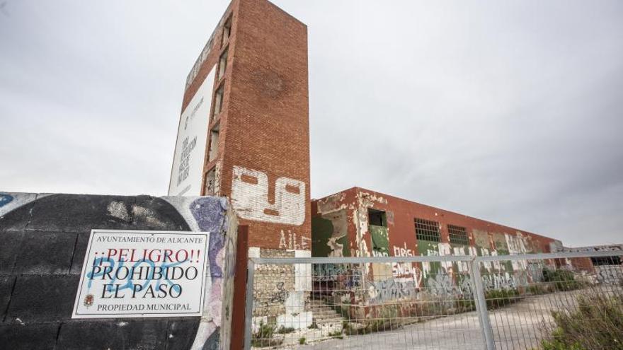 El bipartito habilitará siete espacios para convertir Alicante en la «capital de la industria tecnológica»