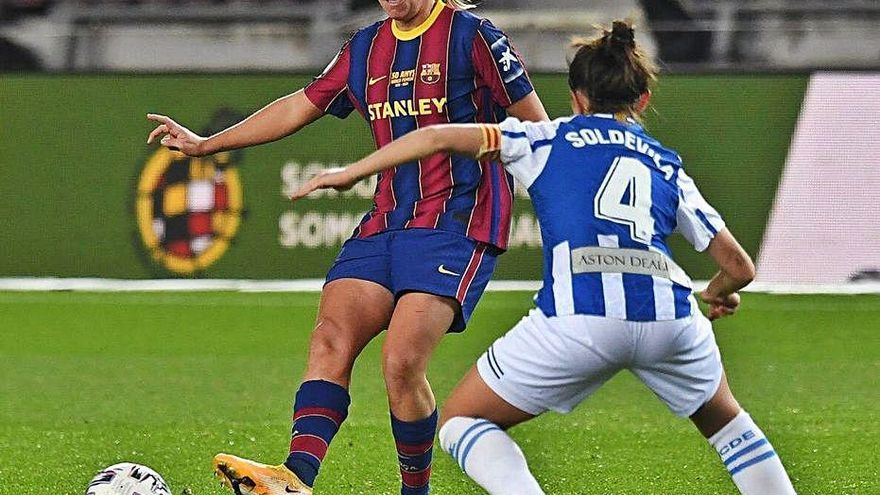 El femení torna al Camp Nou cinc dècades després amb cinc gols
