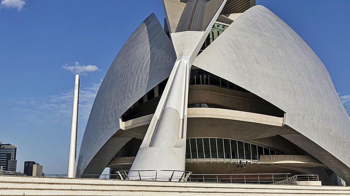 El Palau de Les Arts, el singular edifici de Santiago Calatrava.   M. LORENZO/M. PONCE