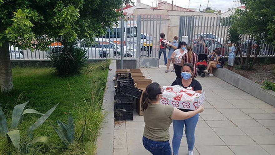 Un proyecto de ayuda para las familias de Torrevieja más afectadas por la crisis del covid-19
