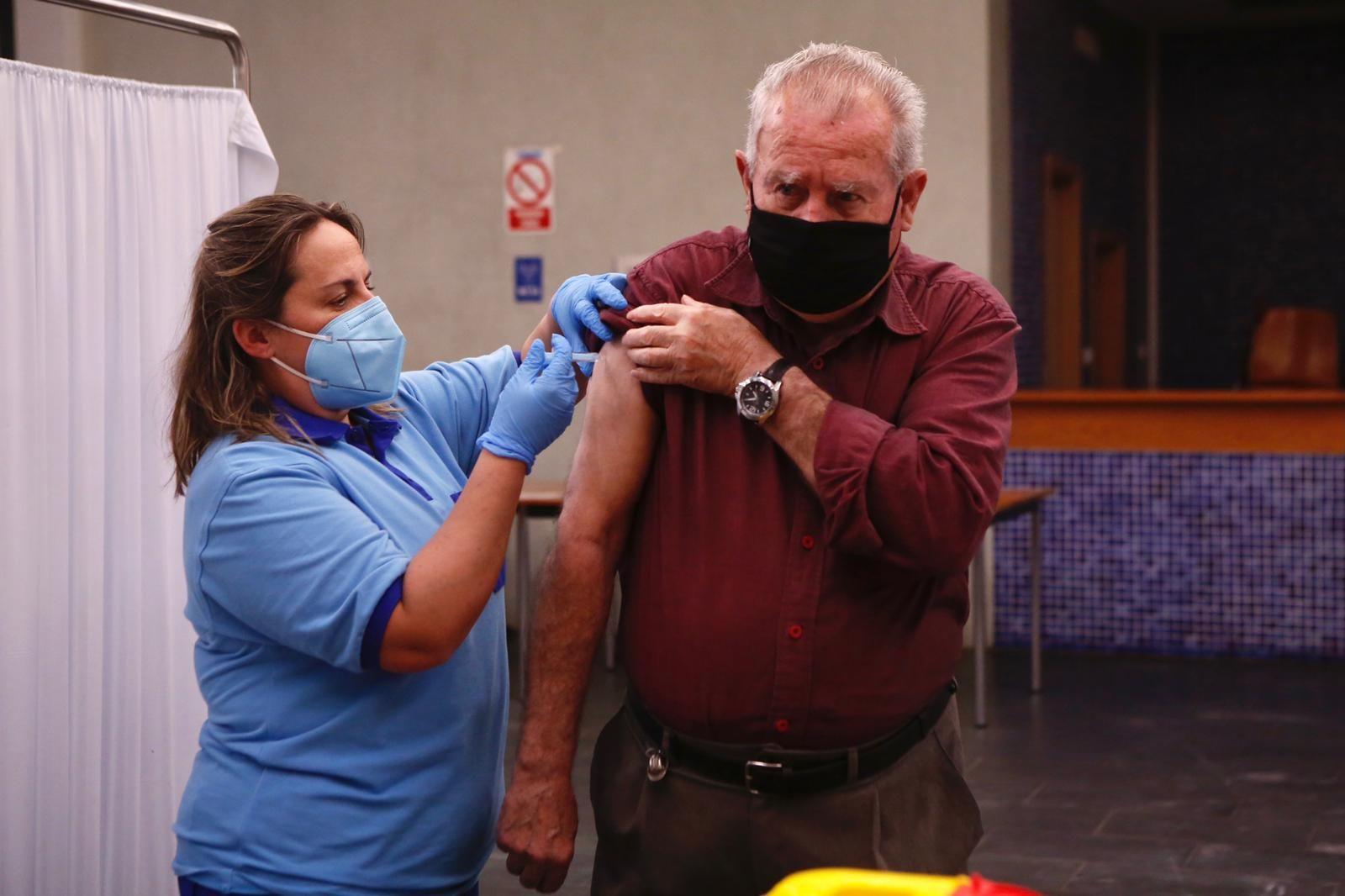 Los centros cívicos comienzan a vacunar